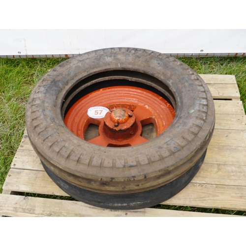 57 - Wheel and 2 tyres 600-19...