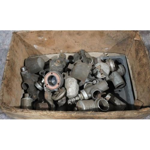 15 - Large quantity of Amal & Villiers carburettors...