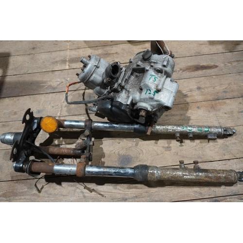 45 - Yamaha RD200 front forks & Suzuki TS 125 Engine...