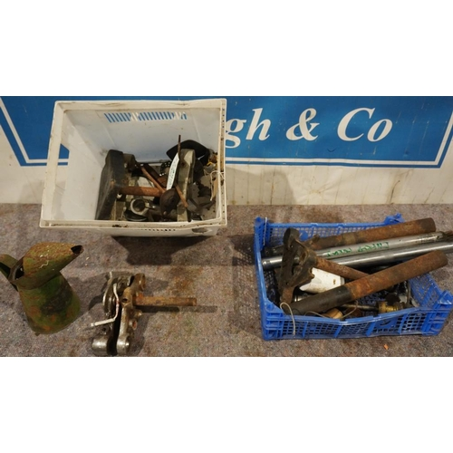 47 - Royal Enfield yokes & other motorcycle spares...