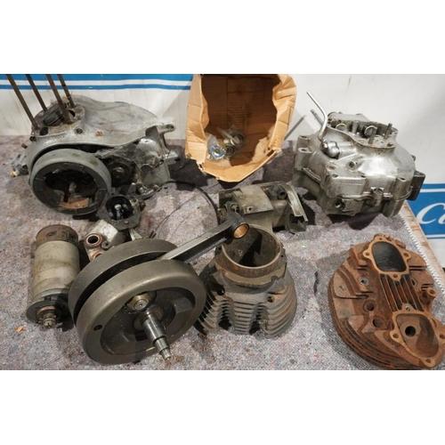 58 - Norton bottom end, crank & engine parts...