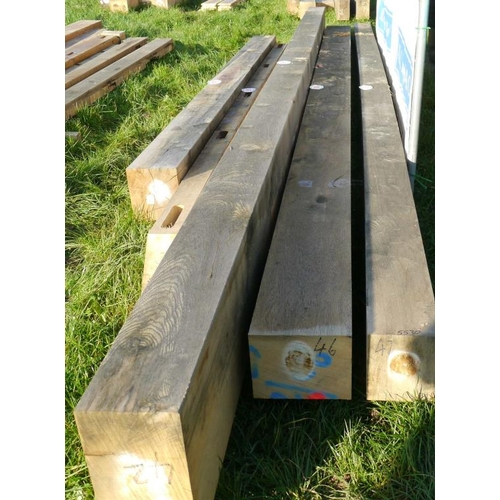 650 - Oak beam 5.3M 240x200 +VAT...