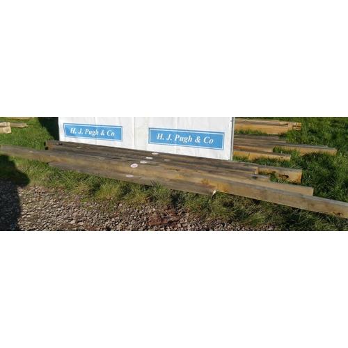 628 - Oak beam 3.4M 180x200 +VAT...
