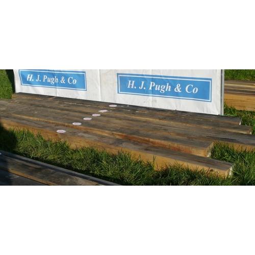 633 - Oak beam 4.65M 150x150 +VAT...