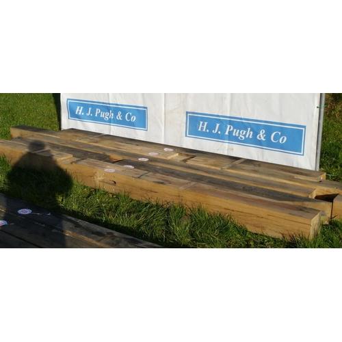640 - Oak beam 3.15M 200x200 +VAT...