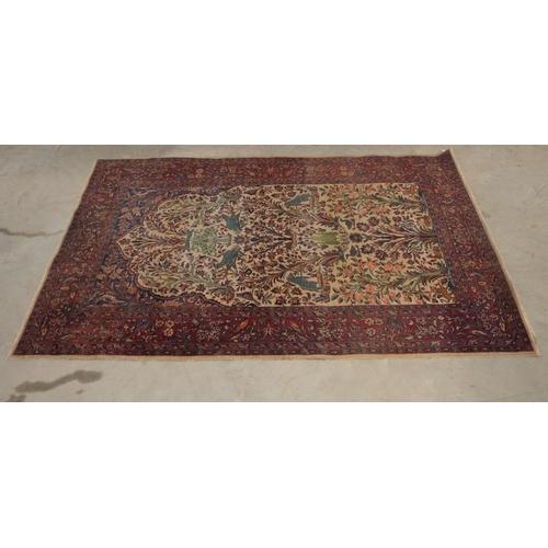 40 - Floral/bird pattern rug 78x50