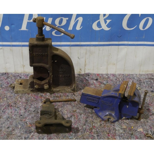 12 - Record 1ton vice, Record No.62 pipe vice and 1 other...