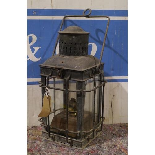 44 - Stable lantern 18