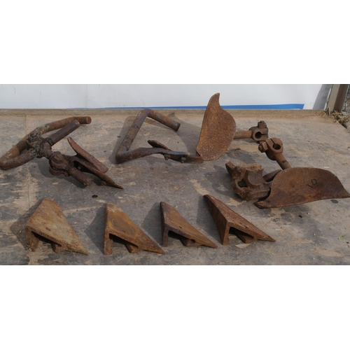 10 - Ransomes horse plough parts