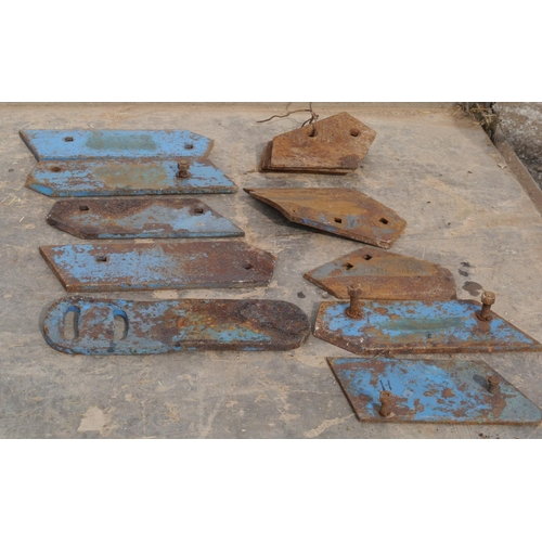 11 - Ransomes Epic plough wearing parts