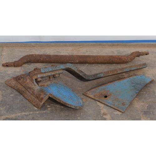 18 - Ransomes Simms & Jefferies plough parts