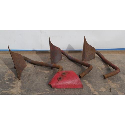 5 - International plough skims