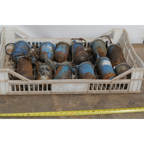 51 - Fordson Major oil and diesel filters