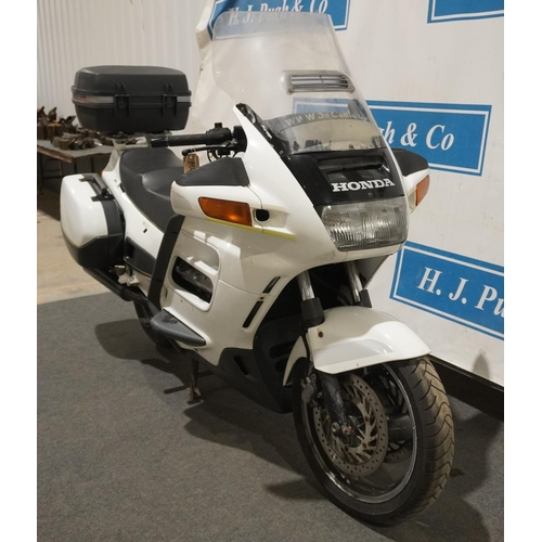 817 - Honda ST1100 Pan European motorcycle. 1994. Good running engine, HPI clear, 2 previous owners. Reg. ...