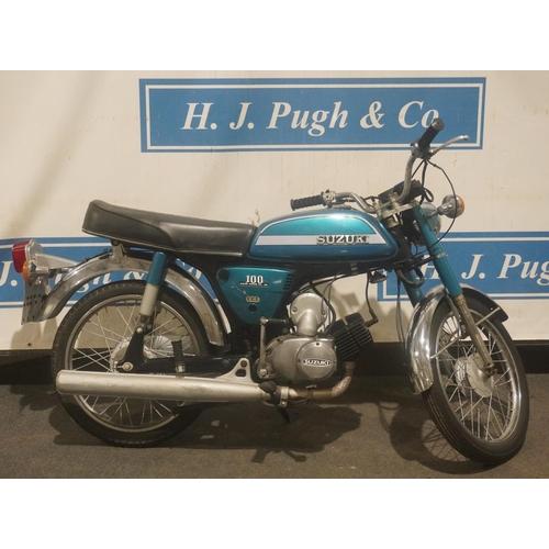 830 - Suzuki 100 motorcycle. 1978. Runs. c/w MOT history. Reg. UBK 133T. V5, keys