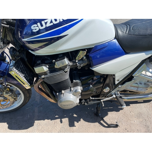 824 - Suzuki GSX1400 motorcycle. 2003. Reg. 23/5/2003. Very good condition, no faults. This bike ride to s...