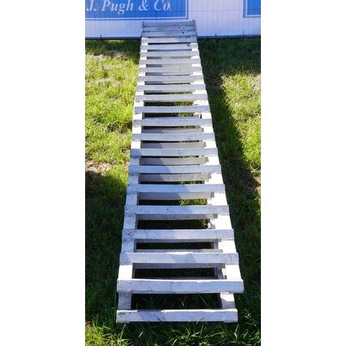 30 - Pair of heavy duty loading ramps -10ft