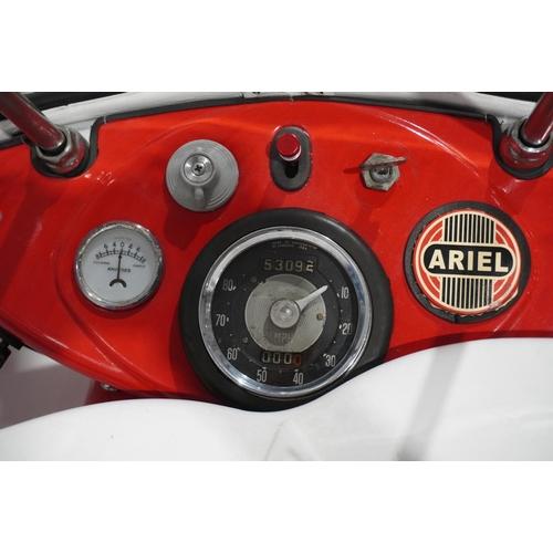 807 - Ariel Leader motorcycle. 1963. 250cc. Runs and rides. Old paperwork. No V5, key. Reg. 460 ELF