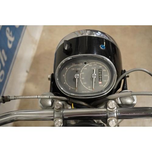 808 - Honda CB77 motorcycle. 1964. 305cc. Good compression. Reg. YHH 354B. Key, V5
