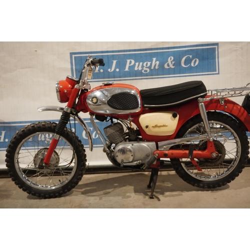 810 - Suzuki B105P Bearcat motorcycle. 1966. 118cc. Good compression.  Reg. UCA 885D V5