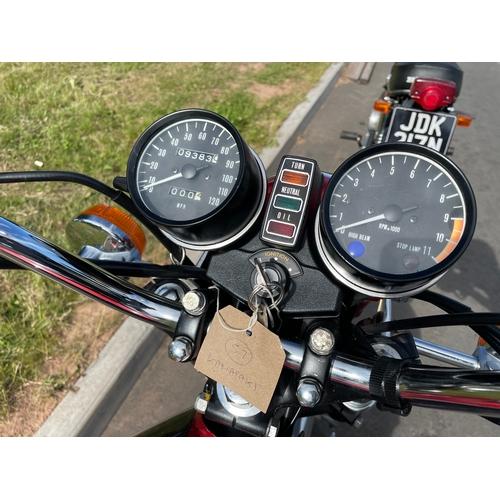 839 - Kawasaki KZ400 motorcycle. 1975. Runs well. Matching numbers. Reg. FAO 311N. V5. Key
