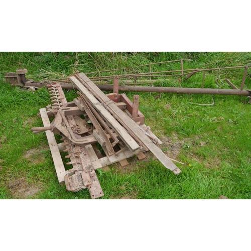 47 - Bomford hedgecutter