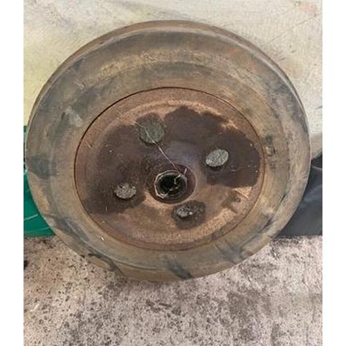 22 - Fordson iron wheels