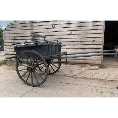 32 - Farmers market trap, Moore & Son builder Nether Stowey