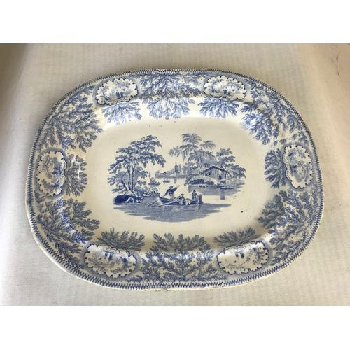 40 - Early blue and white meat plate, 39.5cm...