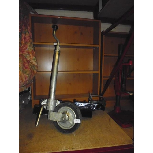 44 - Caravan/Trailer Bradley Pd1 Jockey Wheel + Hitch...
