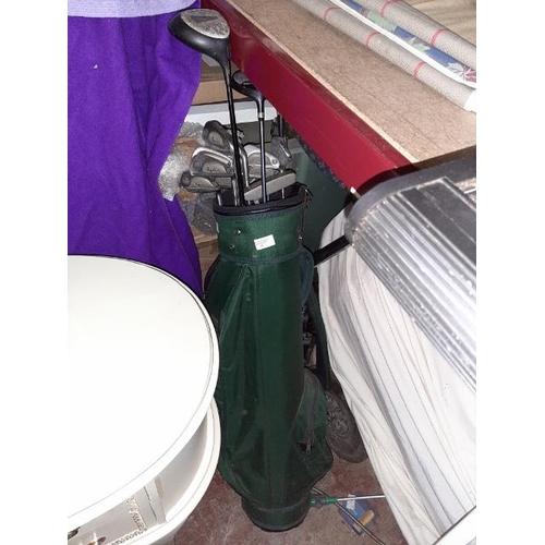 35 - Bag Of Golf Clubs