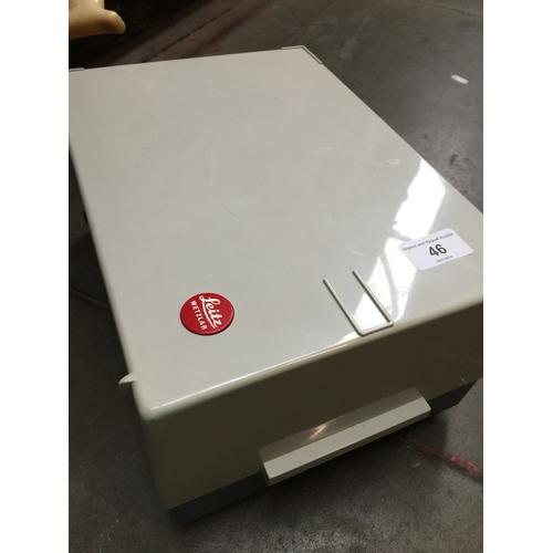 46 - Leitz slide projector - not working...