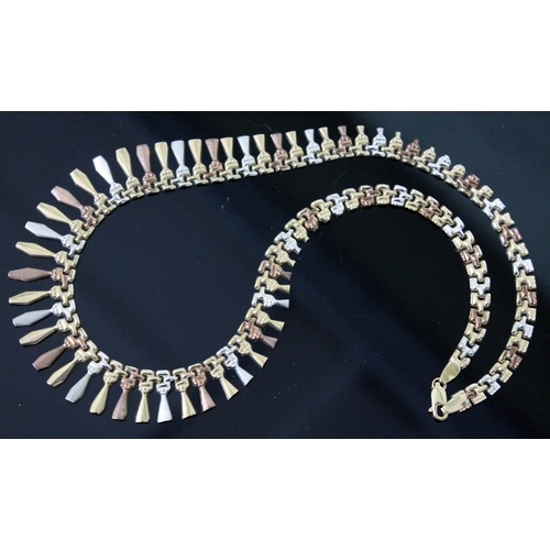 135 - A 9ct gold necklace, marked '375' with import duty marks, length 42cm, weight 16.2g....