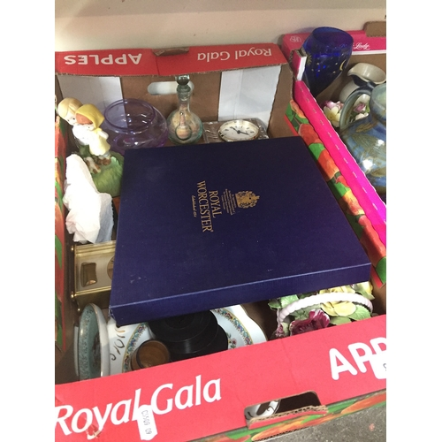 921 - Box of ornaments, brass clock and china...
