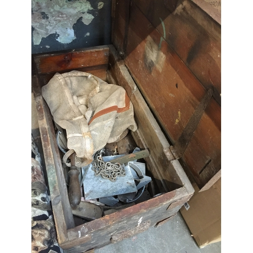81 - A wooden toolbox with various vintage tools...