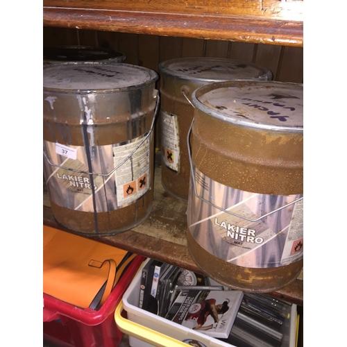 37 - 4 X 10L varnish tins...