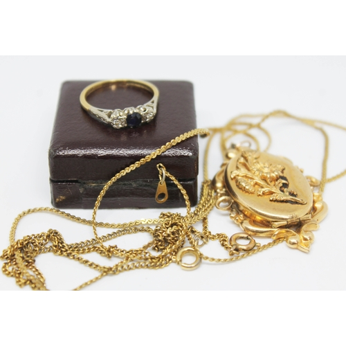 206 - A mixed lot comprising an 18ct gold diamond sapphire ring, a yellow metal locket and two yellow meta...