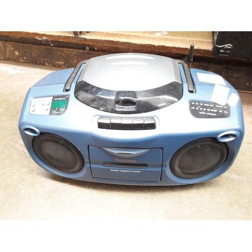 49 - A Venturer radio & digital CD player...
