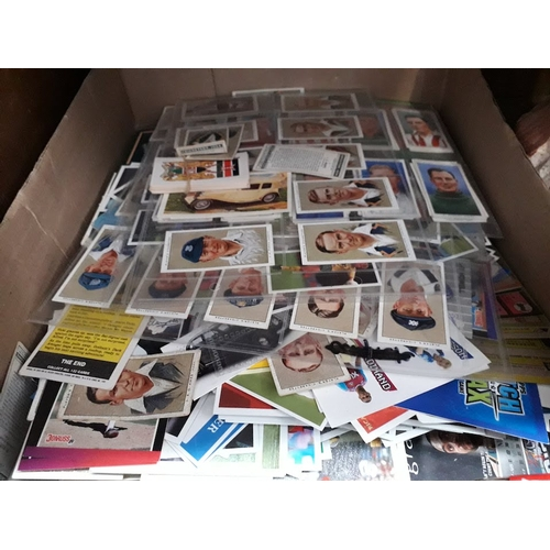 52 - A box of cigarette cards & trade cards...