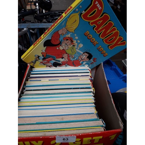 63 - A box of annuals, Dandy and Beano...