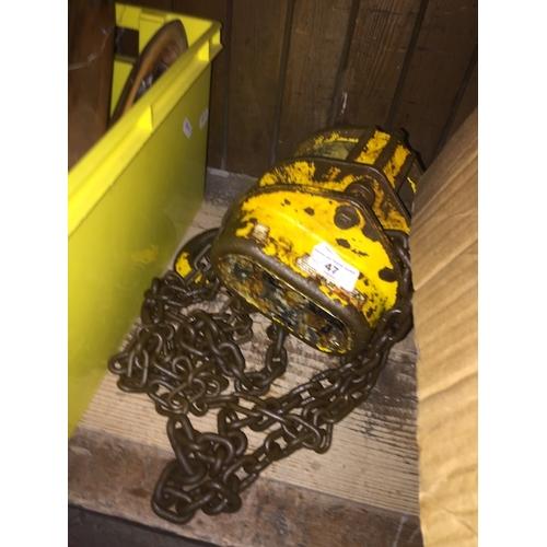 47 - Yale 1 ton chain hoist...