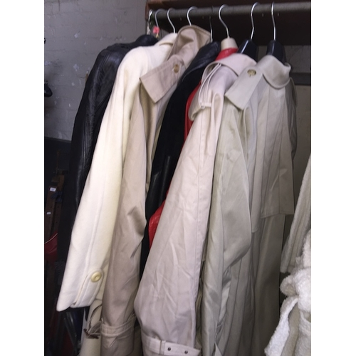 94 - A collection of clothing items comprised of 3 trench coats, 4 leather jackets and another coat....