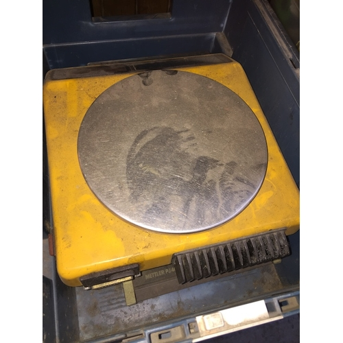 47 - A set of electronic scales - AS FOUND....