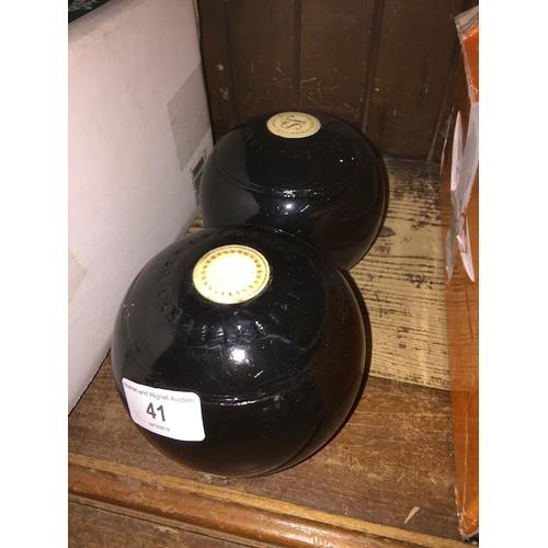41 - A pair of J.S green bowls...