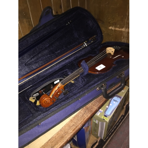52 - A Gewa Allegro modern cased violin with bow...