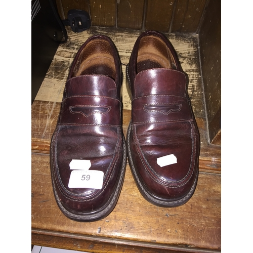 59 - Henley wide fit mens shoes - size 7...