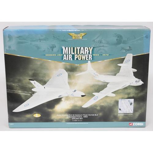 17 - Corgi The Aviation Archive Military Air Power Modern Era 1945-1970 Avro Vulcan B.2 & Handley Page Vi...