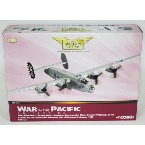 40 - Corgi The Aviation Archive War in the Pacific Collection B-24J Liberator -