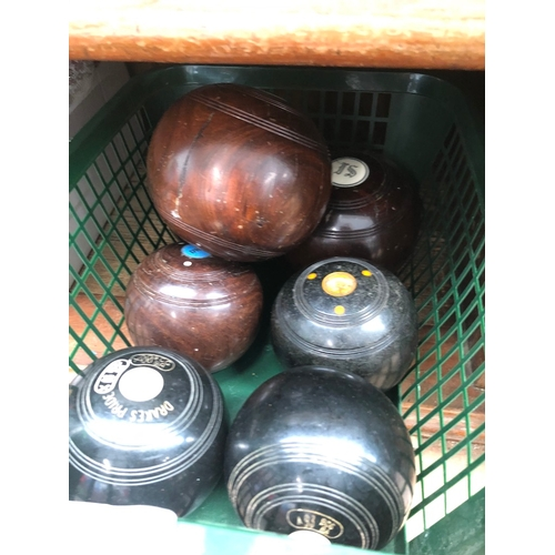 38 - Collection of crown green bowls to include Thomas Taylor...