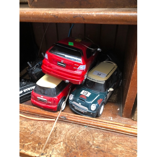44 - 3 RC cars + 5 RC`s...